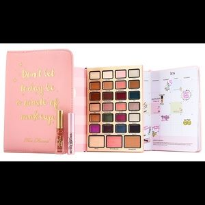 Too Faced Boss Lady Beauty Agenda Palette